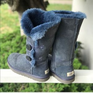 Navy UGG Bailey Button Triplet Boots Size 7